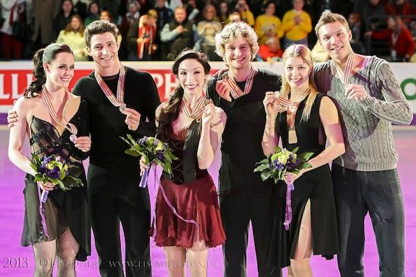 Siegerehrung Tessa VIRTUE , Scott MOIR (CAN) , Meryl DAVIS , Charlie WHITE (USA) , Ekaterina BOBROVA , Dmitri SOLOVIEV (RUS)